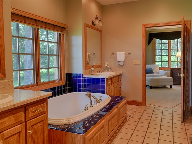 Master Bathroom at Red Horse Farm